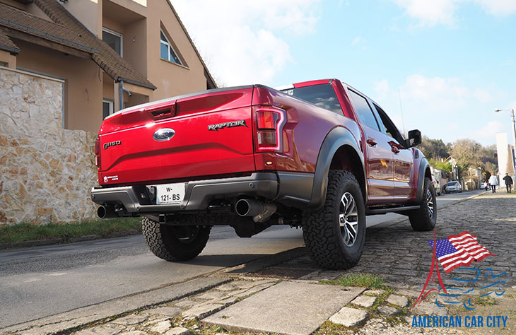 arrière ford raptor ruby red